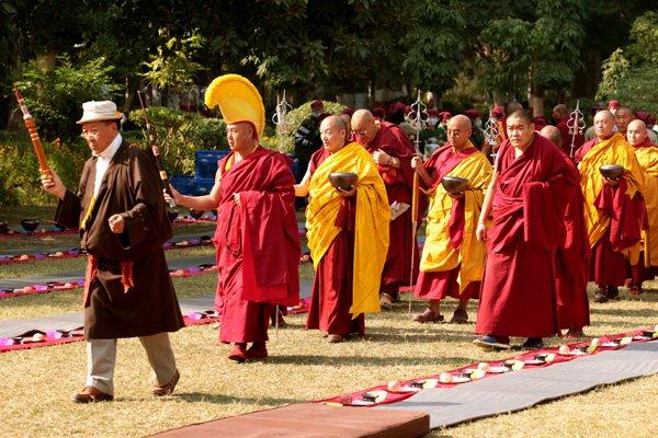 Hình Ảnh Tăng Già Tây Tạng Mật Tông Hành Nghi Cổ Phật Khất Thực